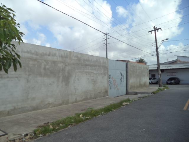 RUA 1º DE JULHO ( PORTÃO ACESSO )