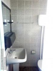 OUTRO WC.