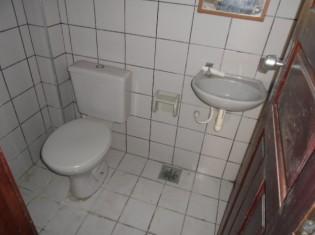 WC. TERREO